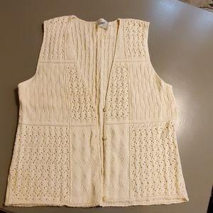 Beautiful sweater vest. Size large